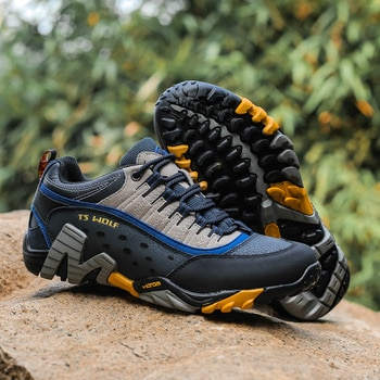 Fashion Men's Outdoor Cool Hiking Shoes Breathable Anti-skid Rock Climbing Shoes Man High Quality Couple Trekking Trail Sneakers